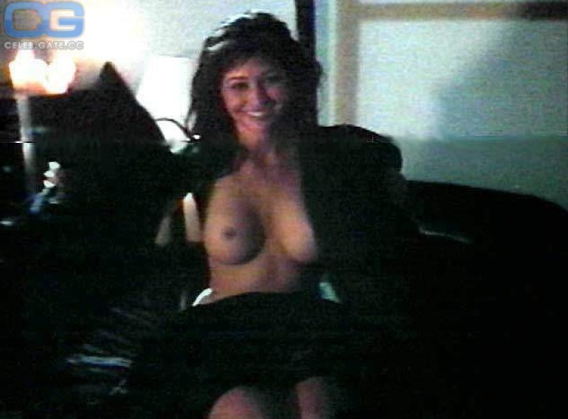 Shannon doherty topless