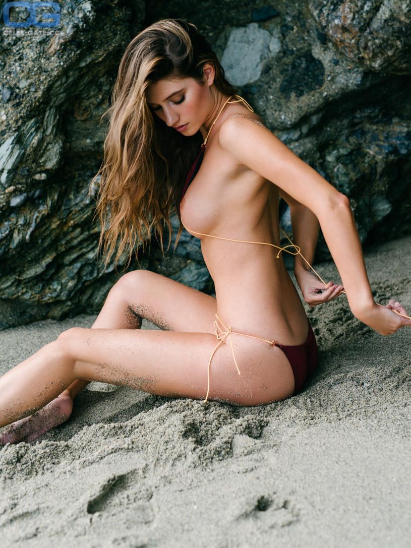 naked sexy girls in socks