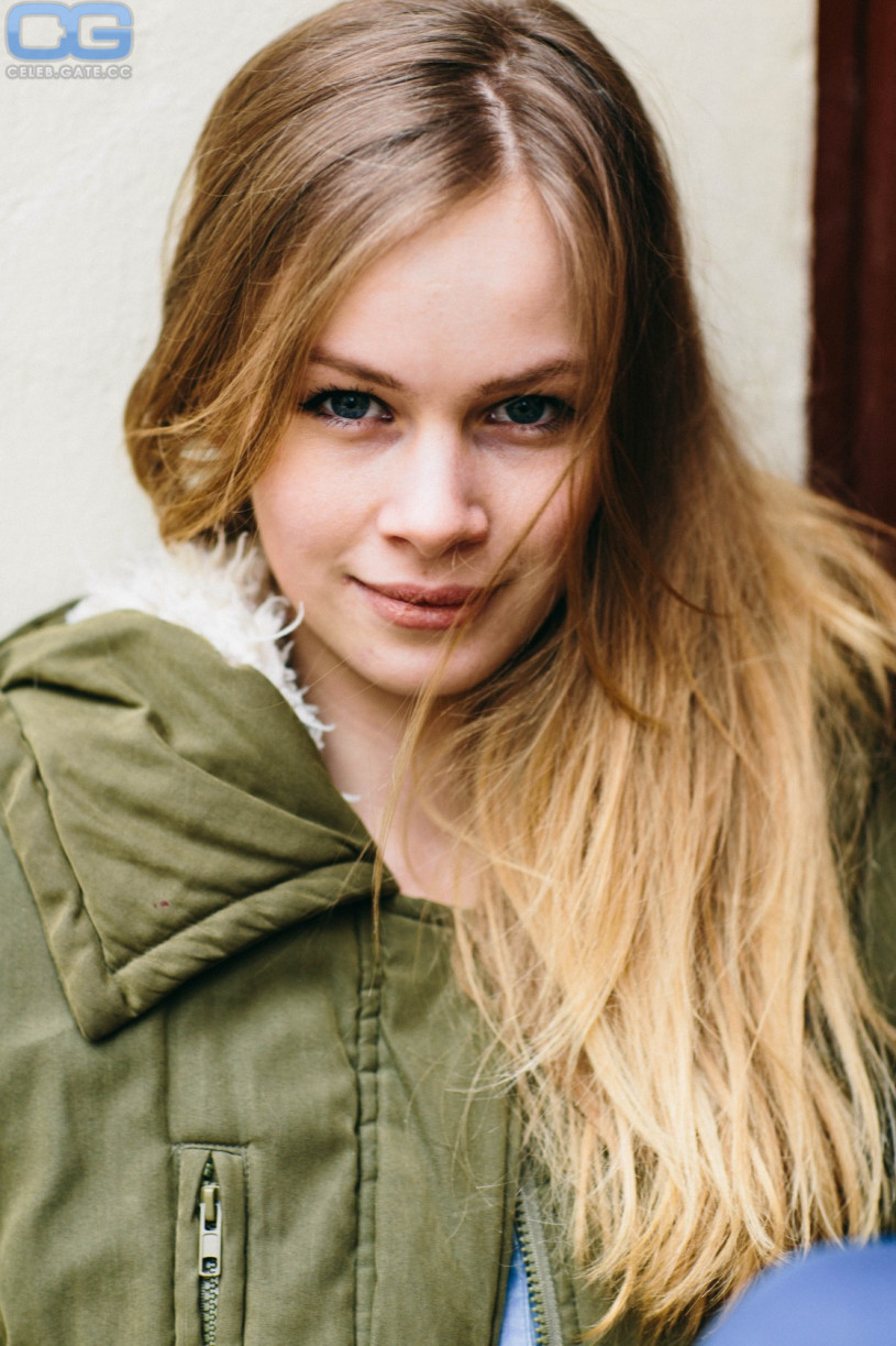 Annika Schrumpf Nackt