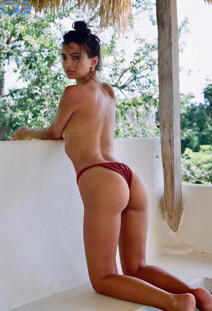 Emily Ratajkowski nackt