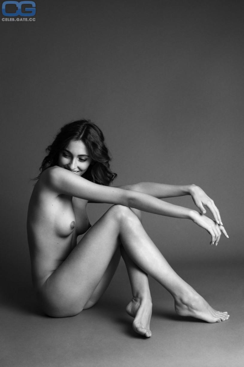 erika albonetti nude