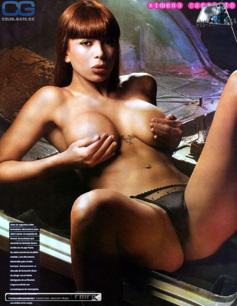 Fully naked asian woman