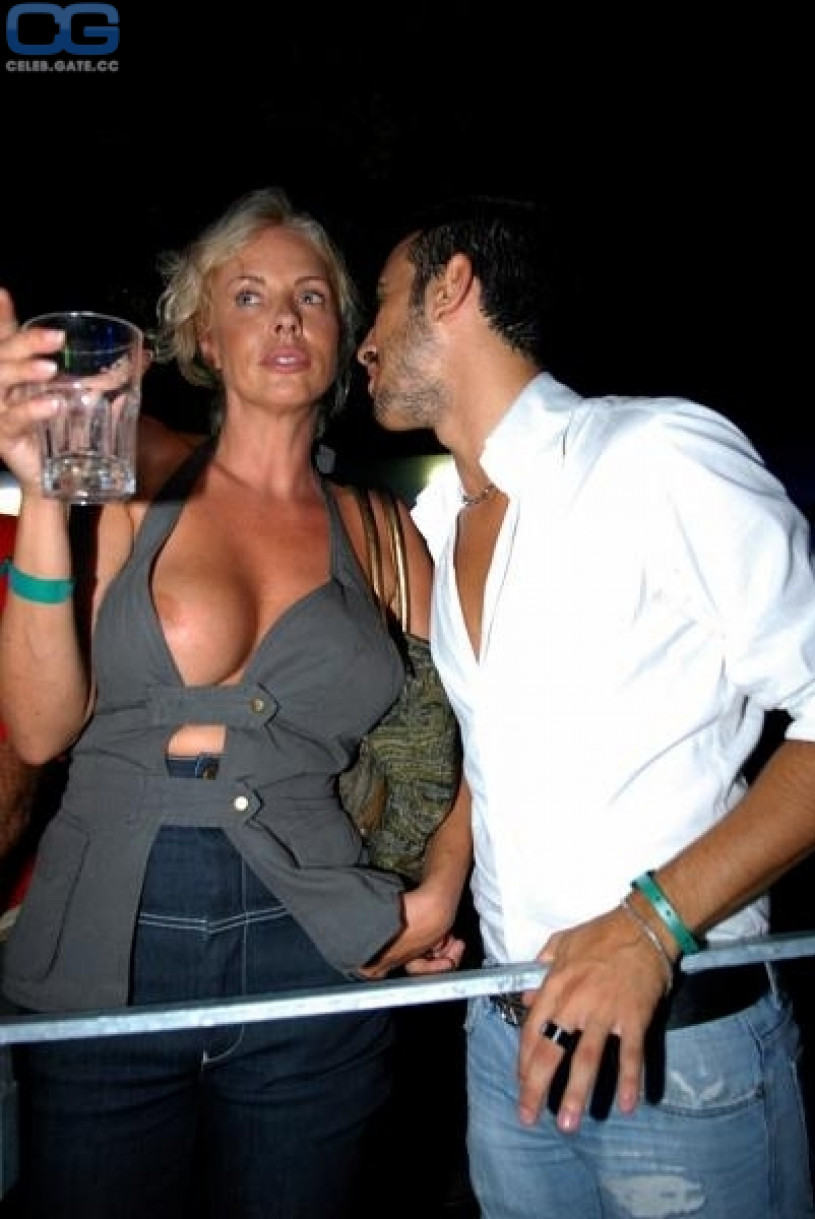 Sexy bar girl flashing pussy