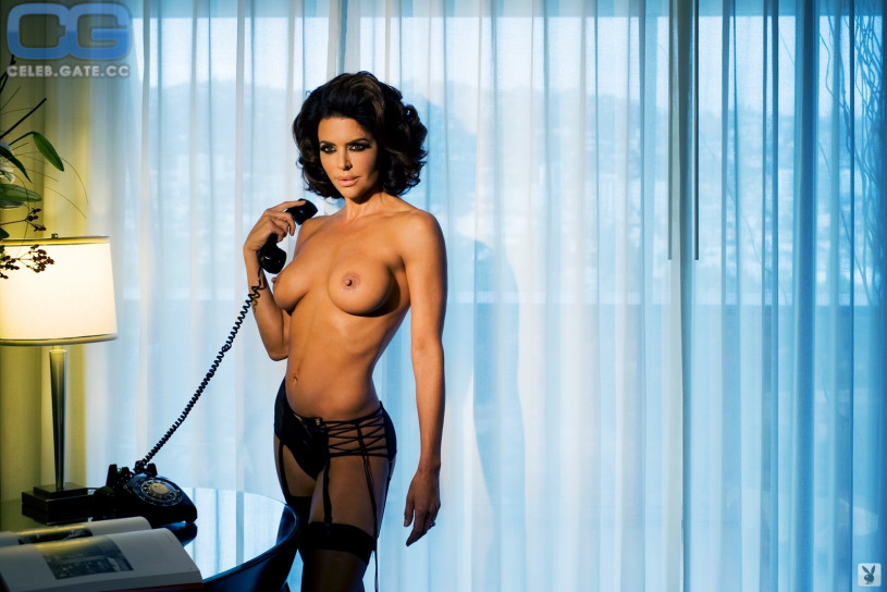 nude playboy lisa rinna