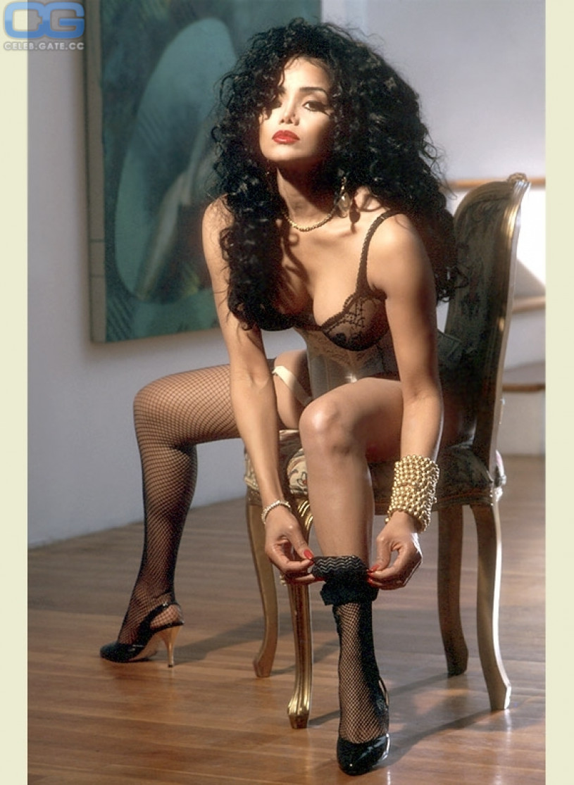 Nacktfotos von Latoya Jackson