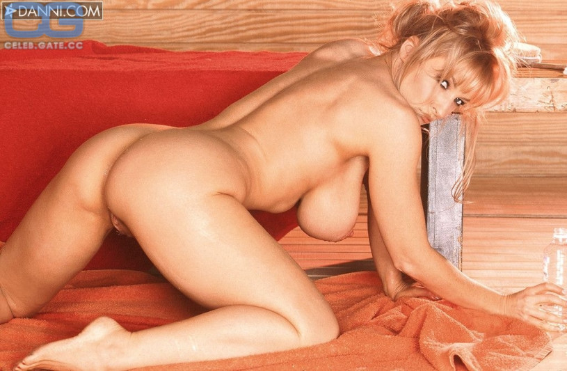 Nude woman tied like turkey