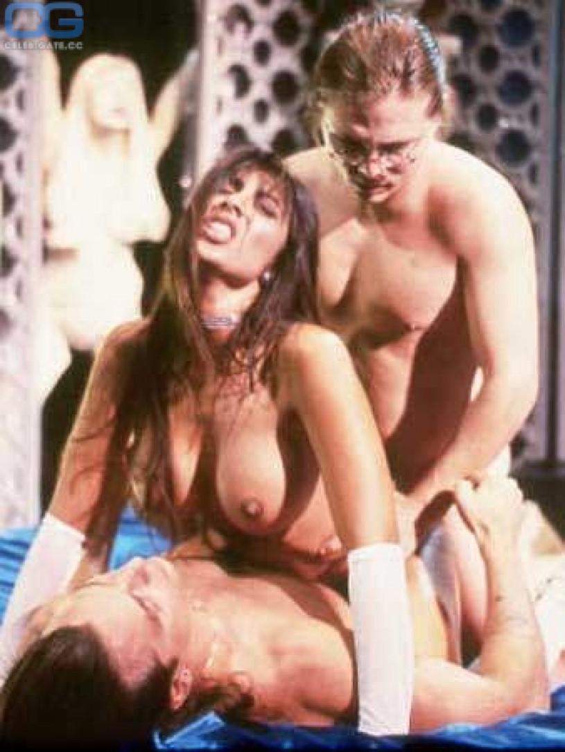 Jasmin st. Claire nackt