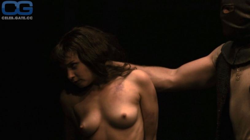 Jessica Barden Nackt