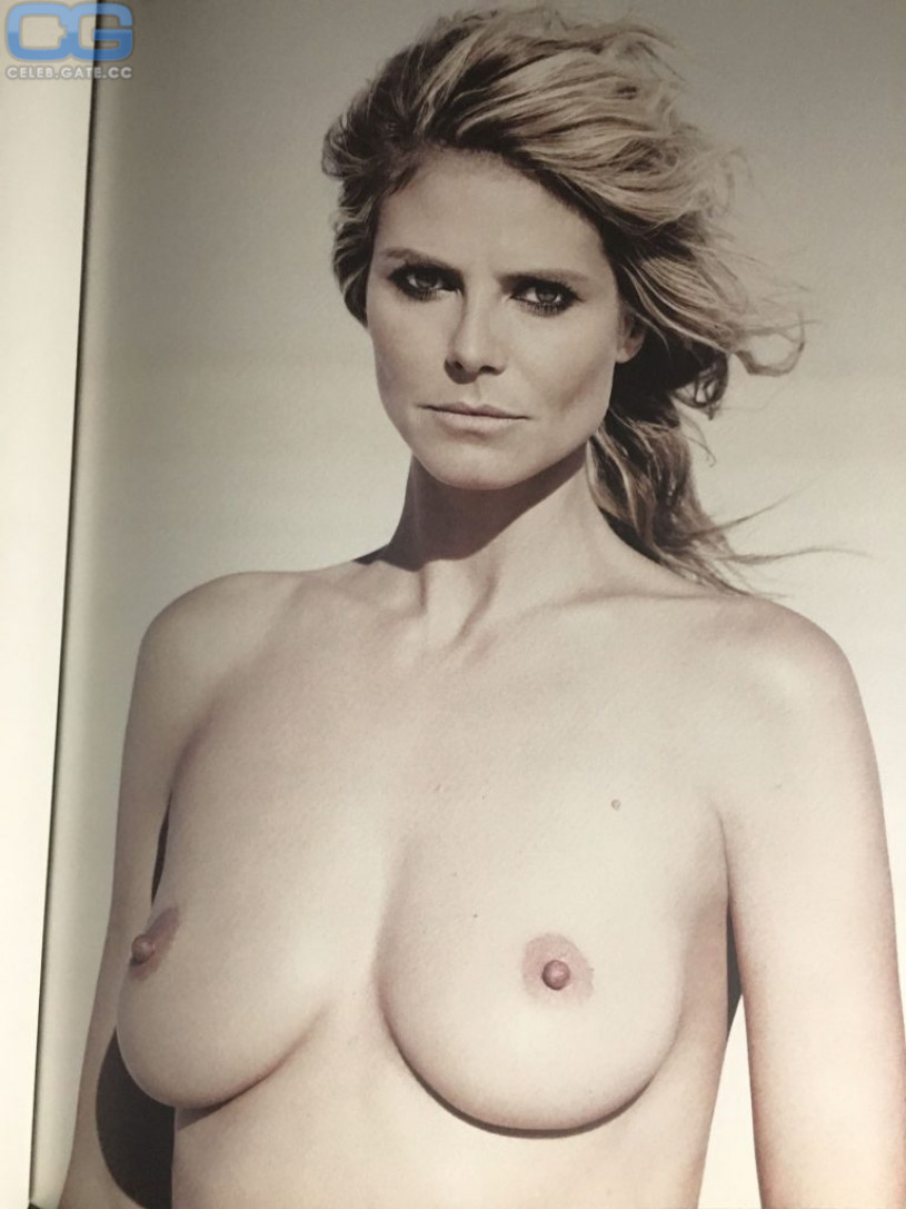 Nude Heidi Klum naked (16 photos), Tits, Cleavage, Feet, braless 2006