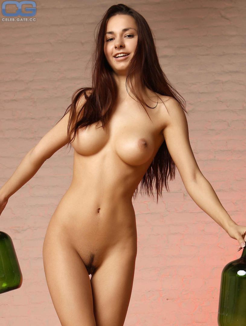 lovekaty nude