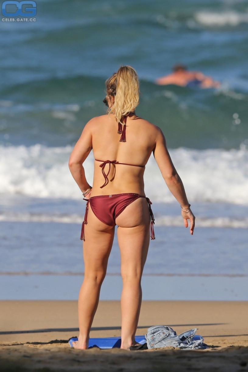 Hilary duff nude beach