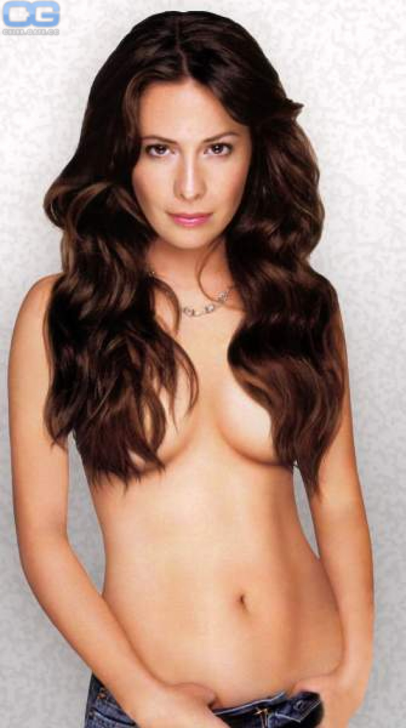 Nude photos of holly marie combs