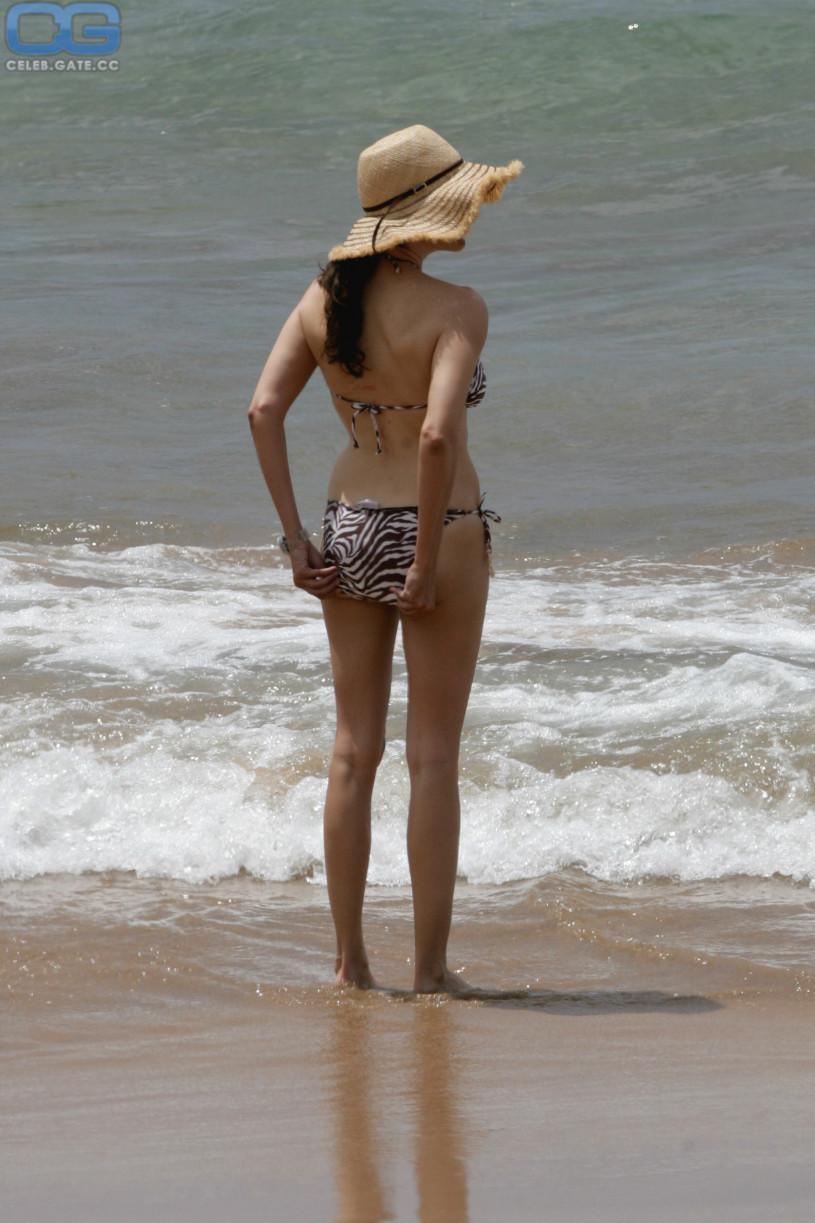 brunette nude blowjob gif