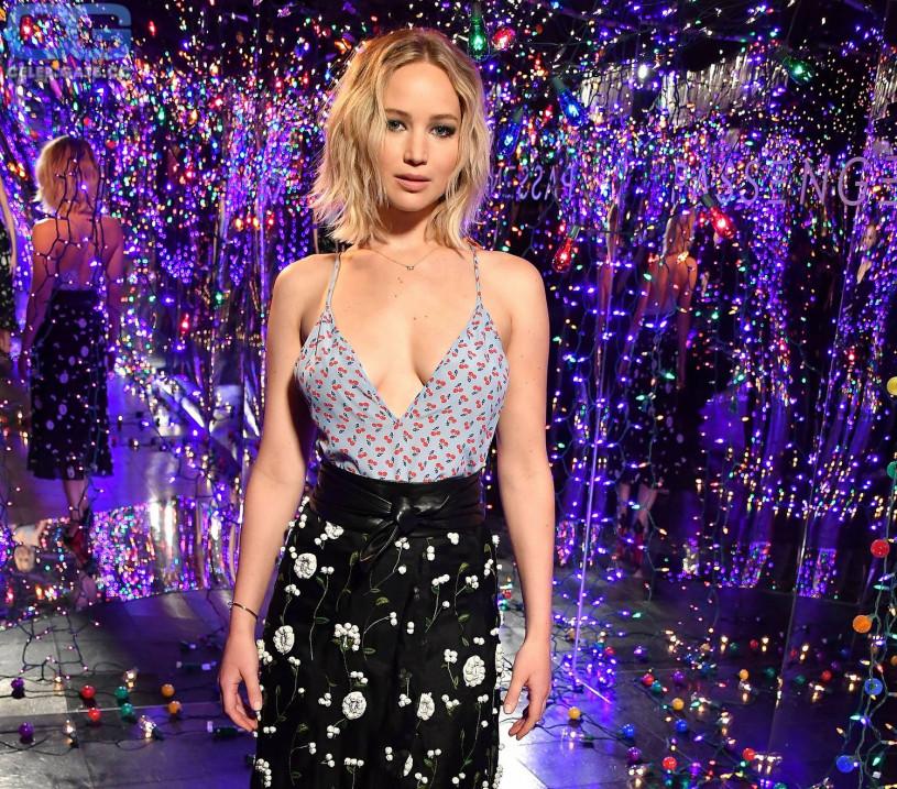 Jennifer Lawrence nackt