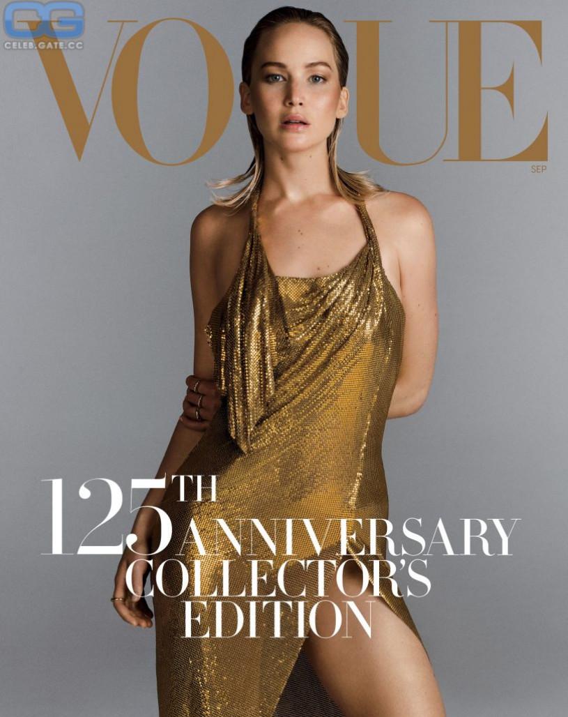 Jennifer Lawrence sexy