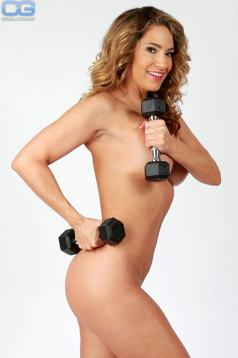Sexy nude bbw women
