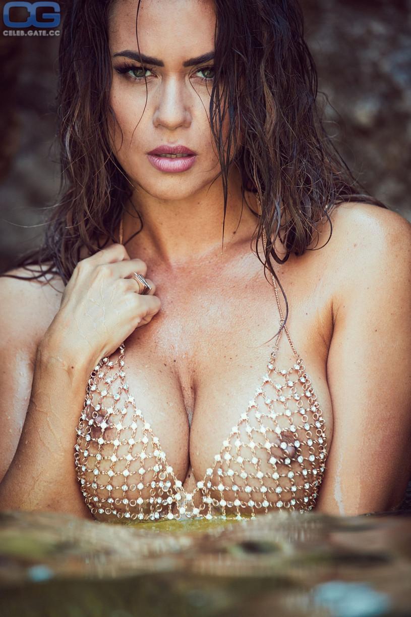 holland big tits naked