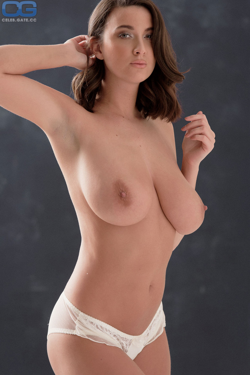 Joey fisher naked name is;Samantha