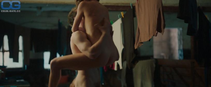 julia koschitz nude