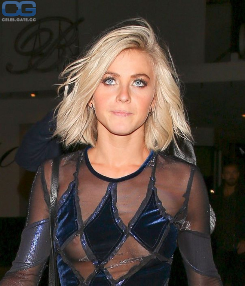 Julianne Hough nipple slip