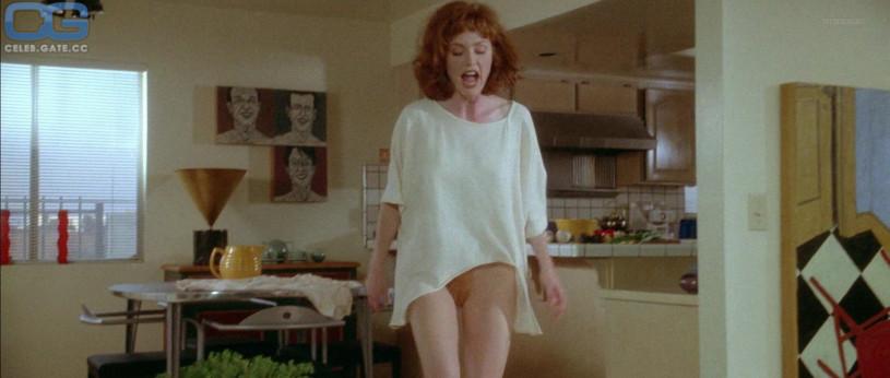 julianne moore naked