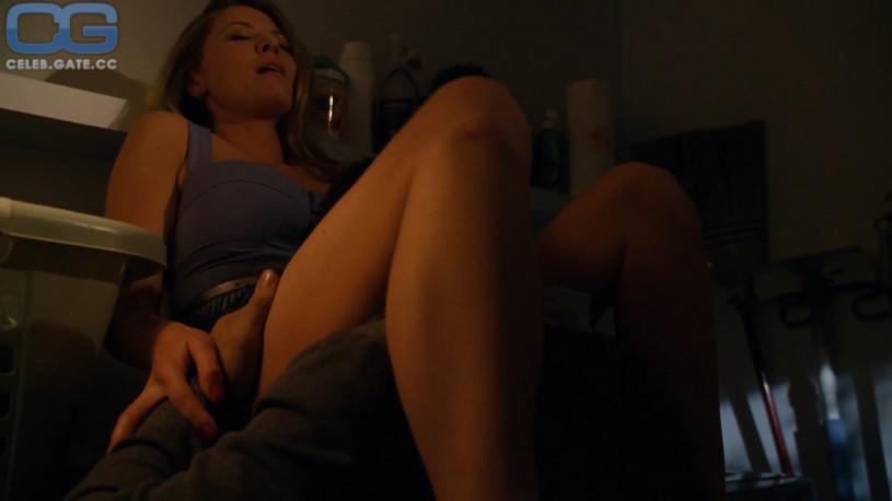 hung nude scene gif