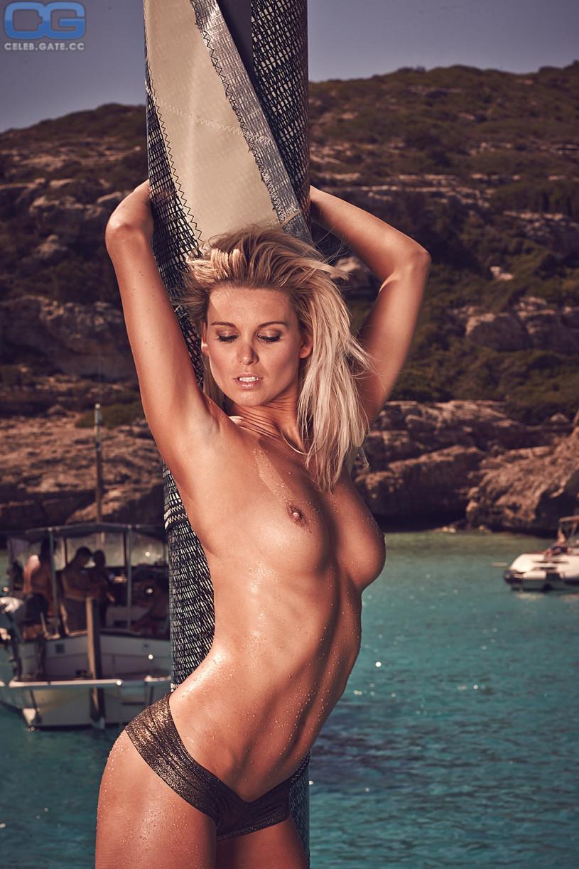 Vanessa videl milf nude photos