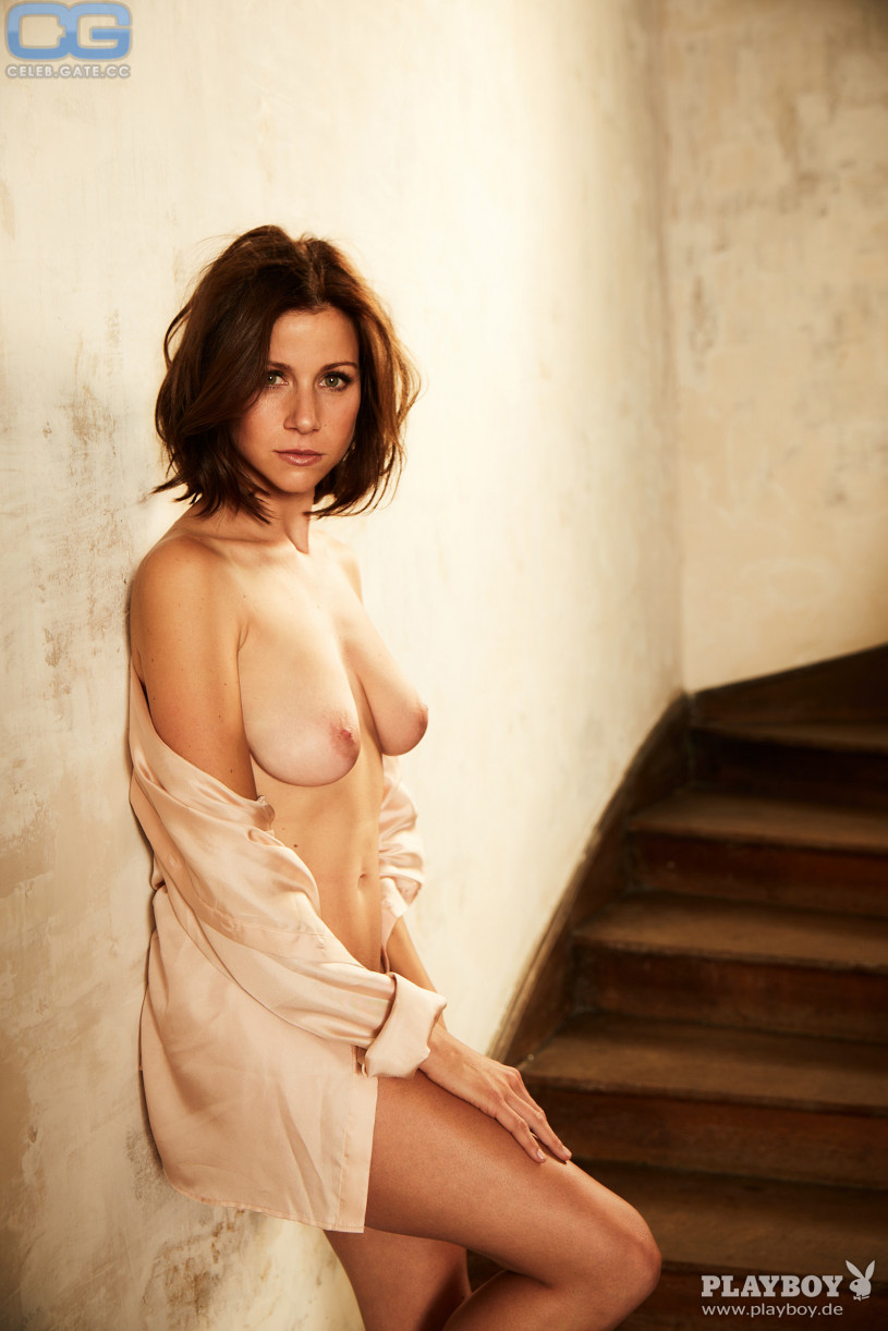 nude (46 photo), Topless Celebrity photos