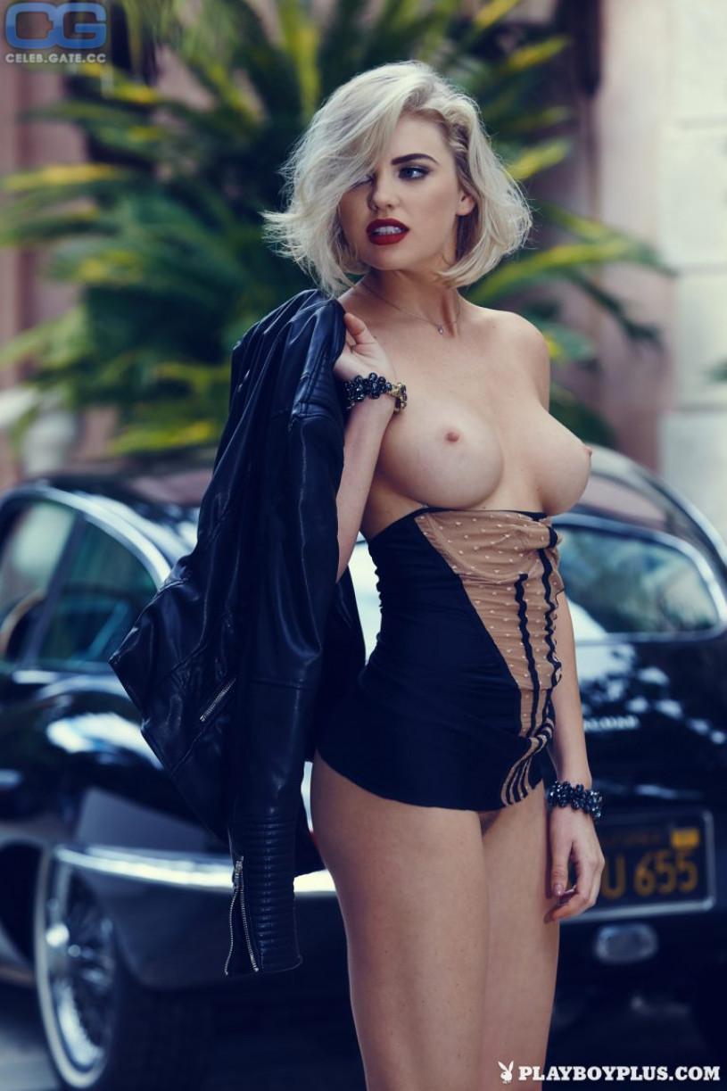 Kayla Collins nackt nackt vid