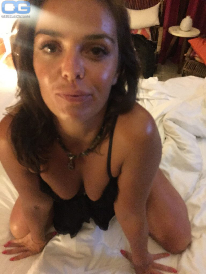 Laura ponticorvo nude