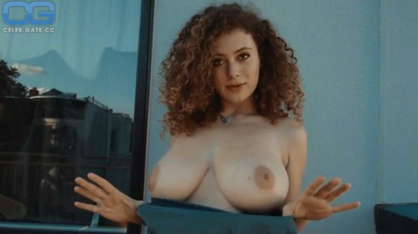 leila lowfire nude Leila Lowfire nackt video