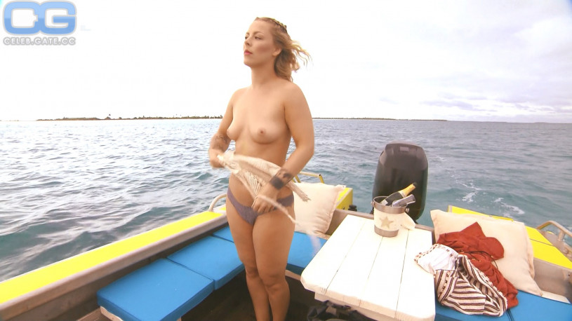 Leo Naked 84