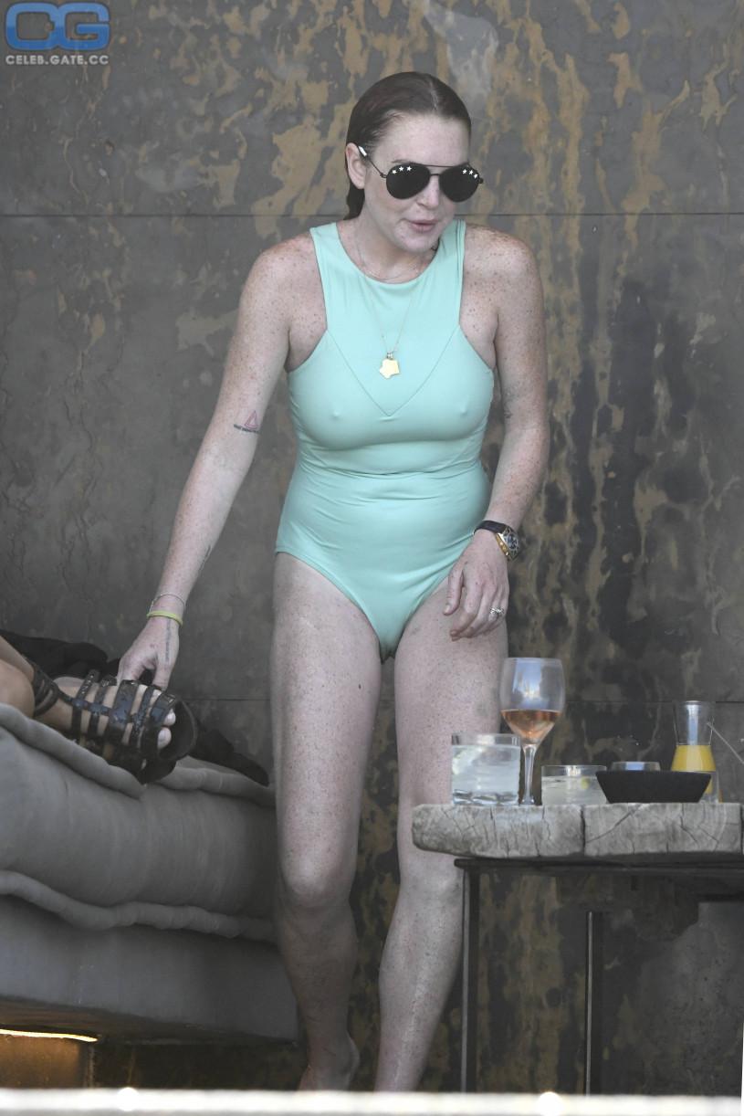 CelebGate Lindsay Lohan Cameltoe Pokies naked (28 photo), Boobs Celebrity pics
