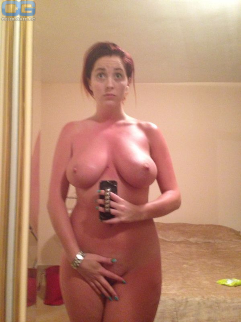 Lucy Collett nude pics