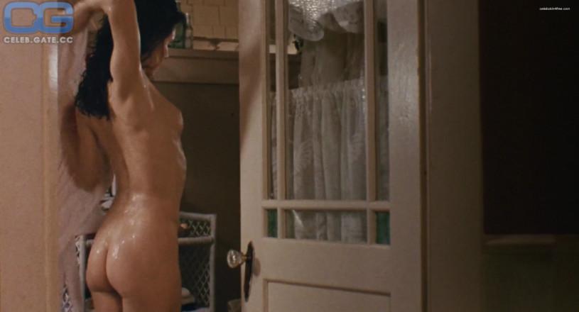 Madeleine stowe nude photos