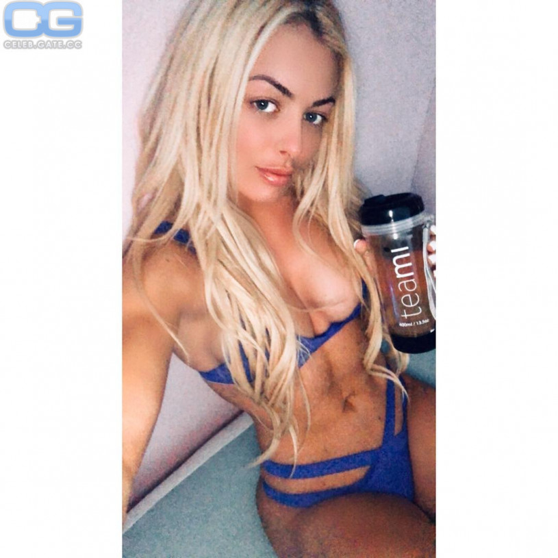 naked pictures of mandy rose