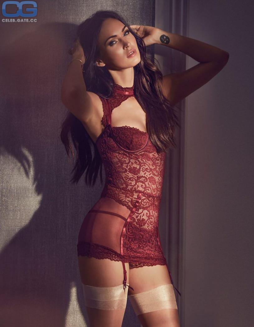 Megan Fox Hot Sexy Naked