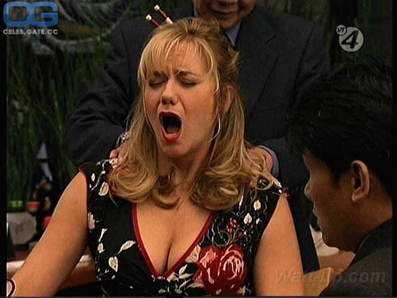 Sexy tattooed women blowjob