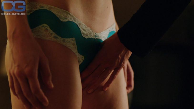 Melissa Benoist sex scene