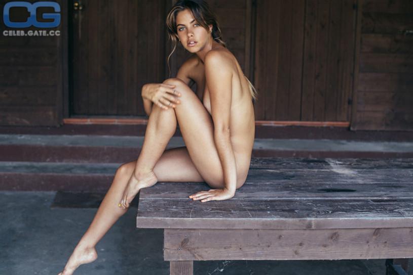 Mimi elashiry nude