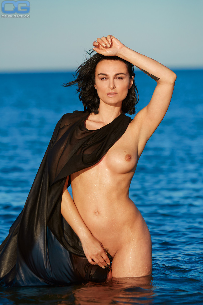 mimi fiedler naked