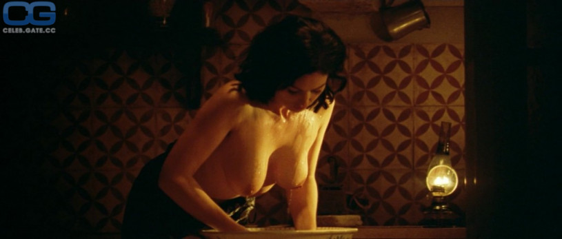 Monica Bellucci topless scene