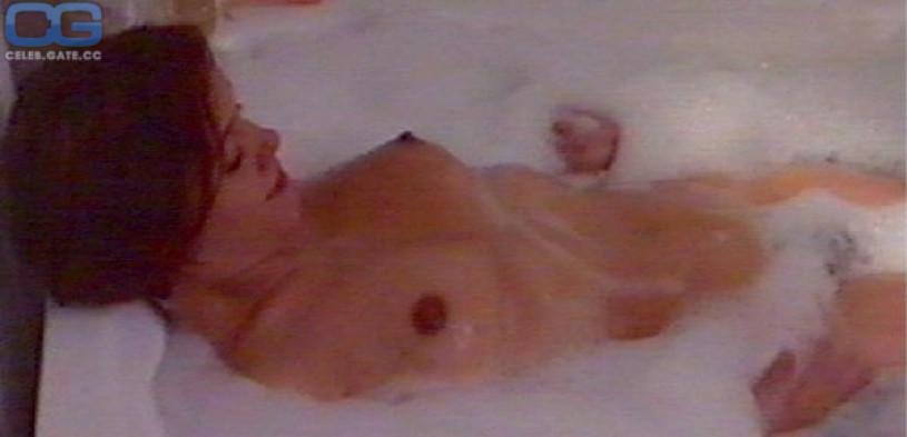 Muriel Baumeister nackt scene