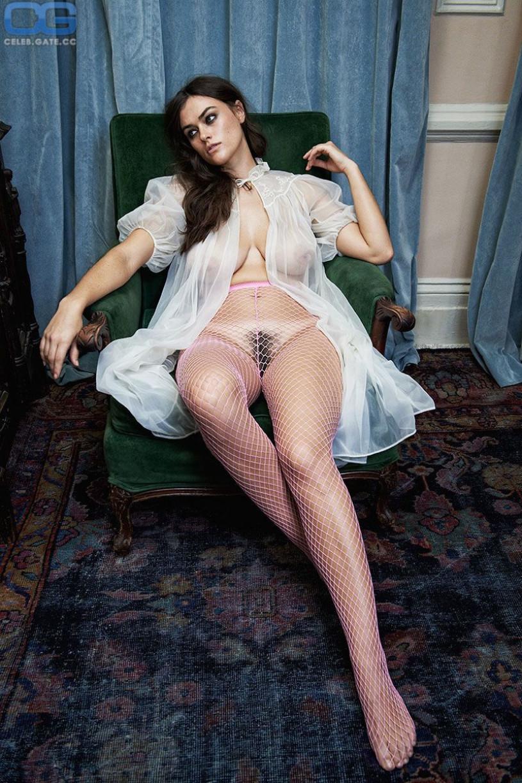myla dalbesio naked