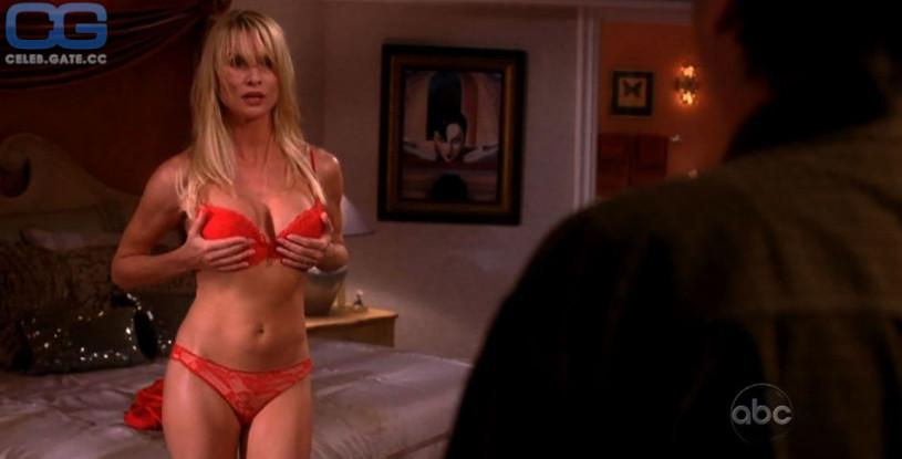 Nicollette Sheridan leaked naked