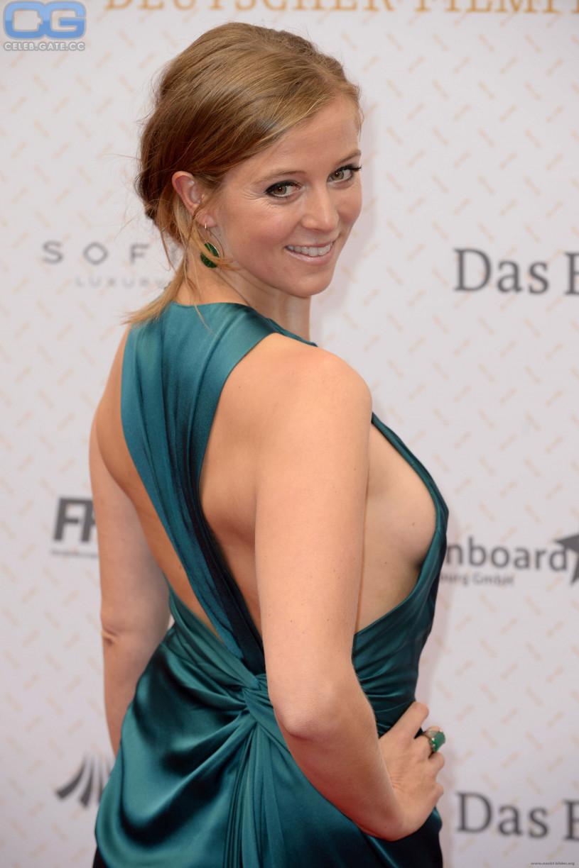 Sideboobs Nina Bott naked (94 photos), Topless, Sideboobs, Boobs, see through 2020