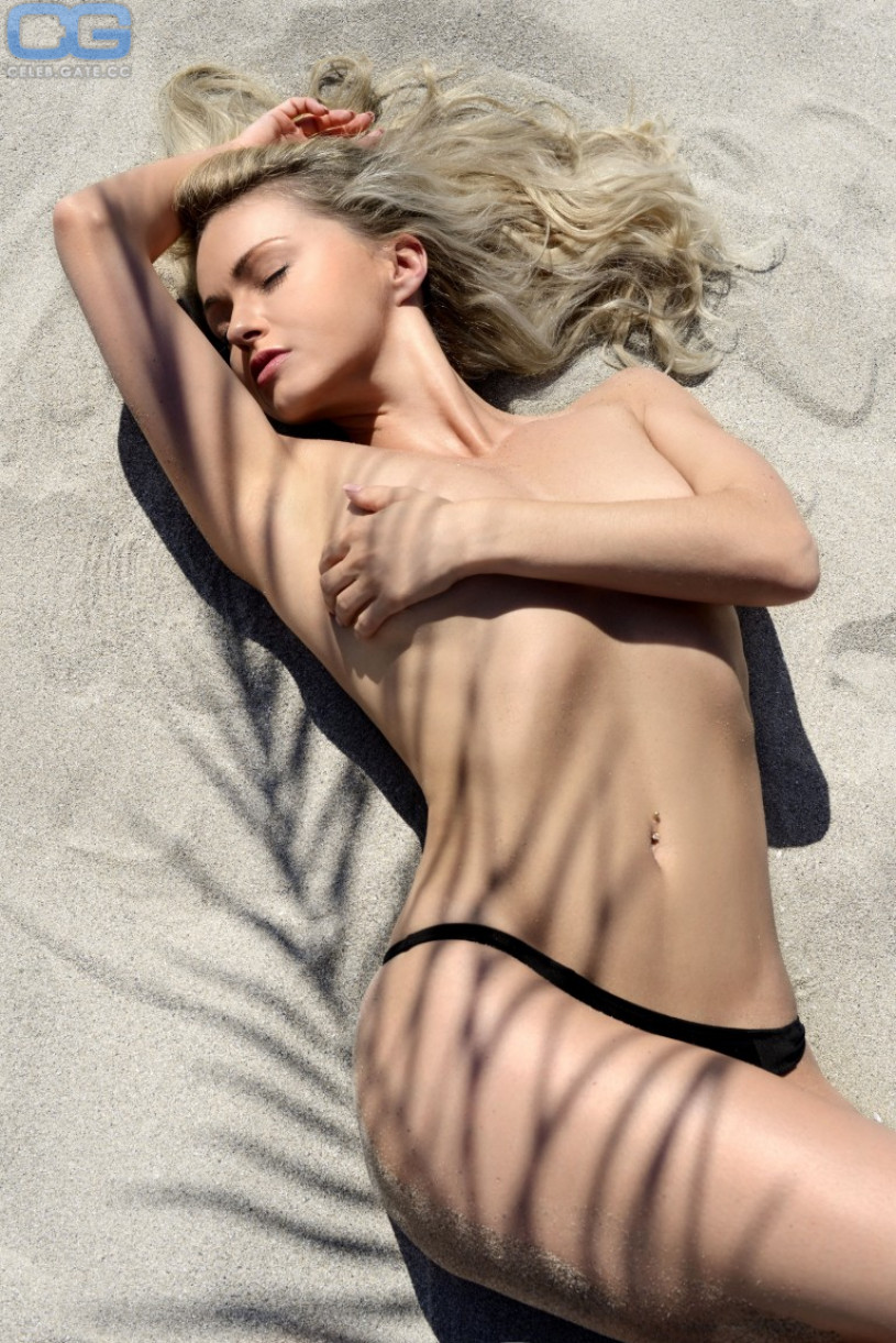 Nude naked bisexual sex