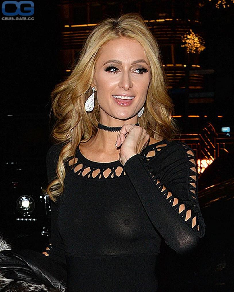 Paris Hilton topless