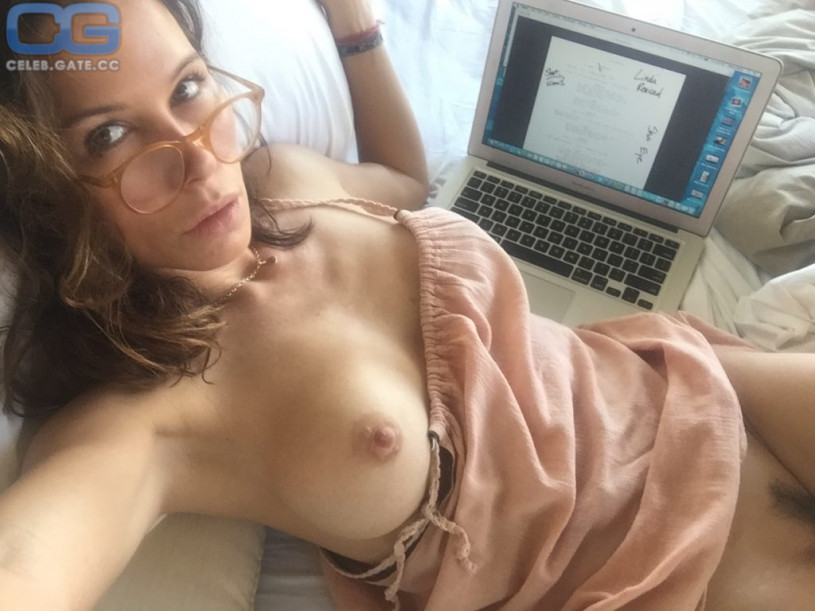 Really hot women with big tits naked