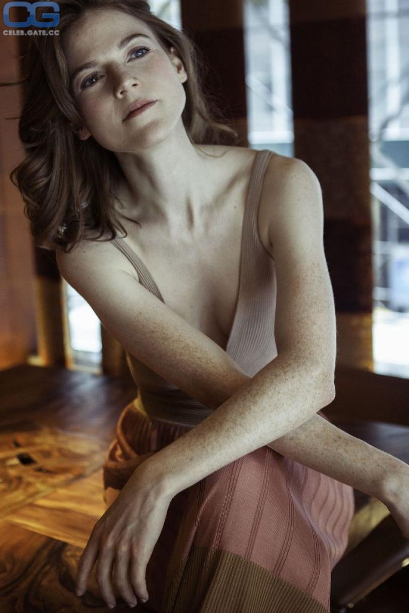 naked nude Rose leslie